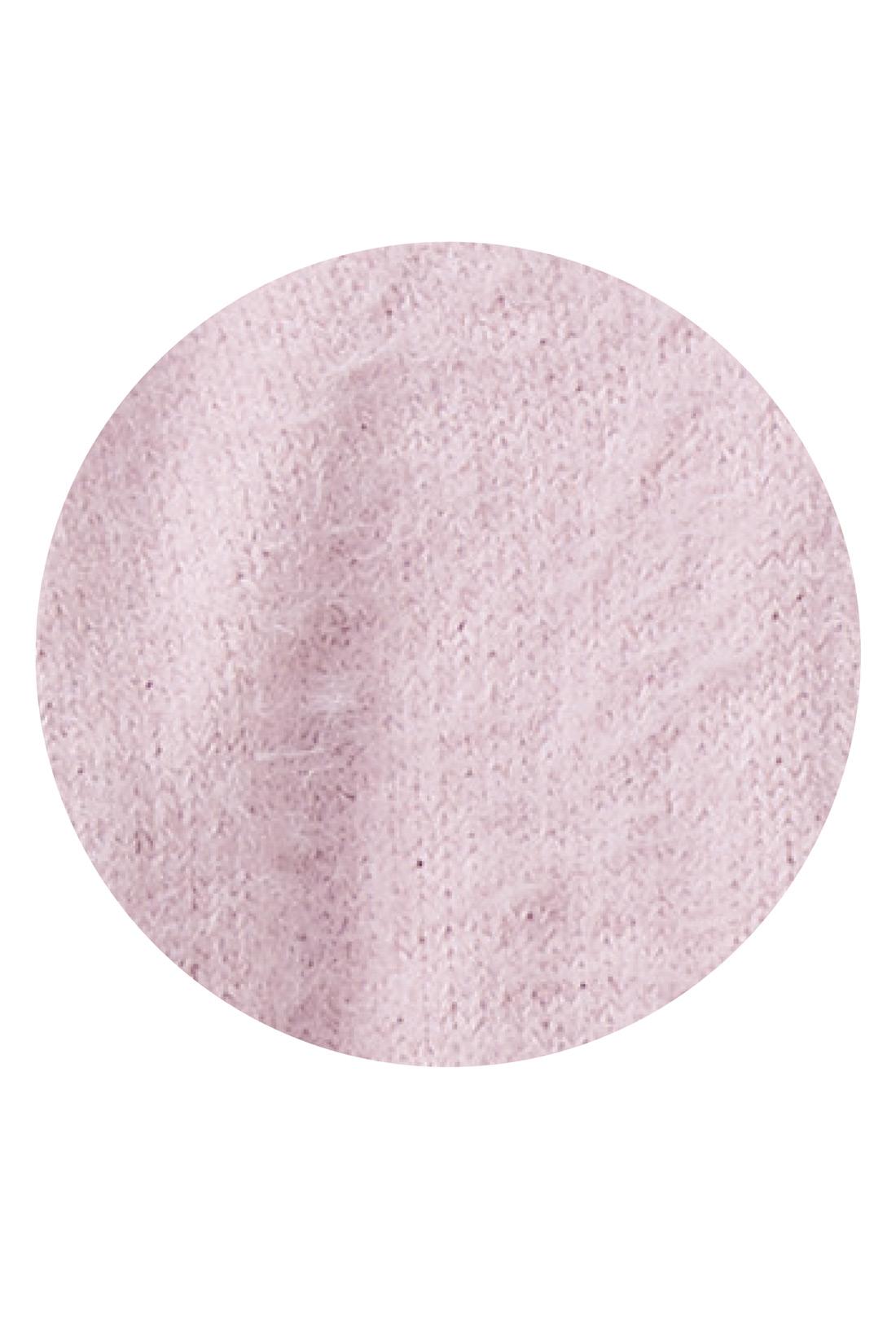 肌がきれいに見える大人ピンクは、今年試してほしいイチオシカラーです。