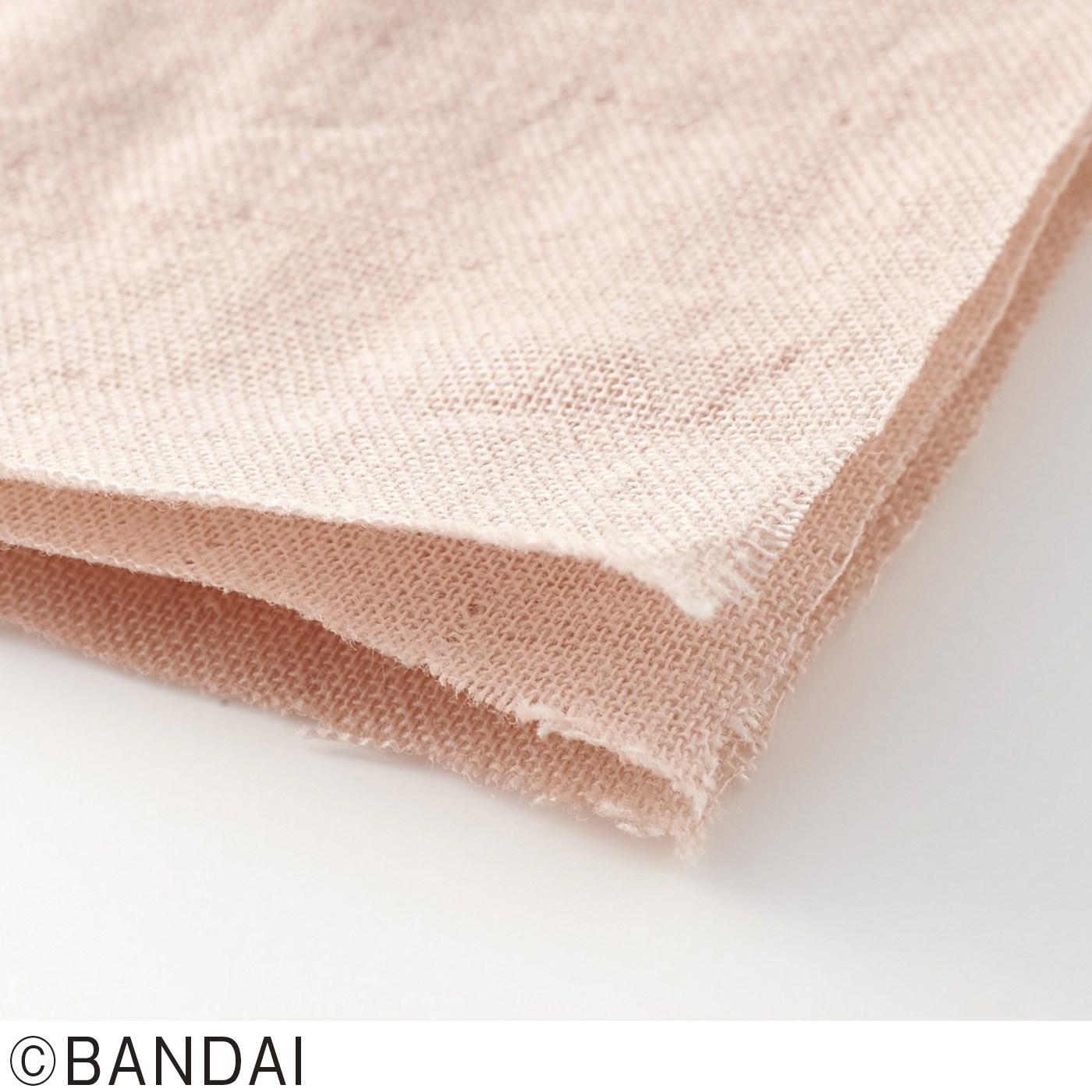 綿100%の三層ガーゼで肌ざわりやわらか。