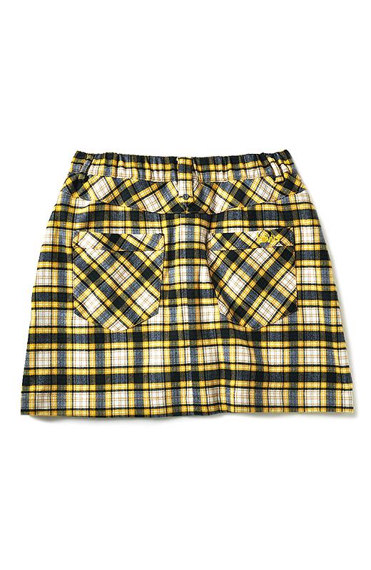 BACK バイアス仕立ての大きめポケットでヒップアップ&小尻見せ。