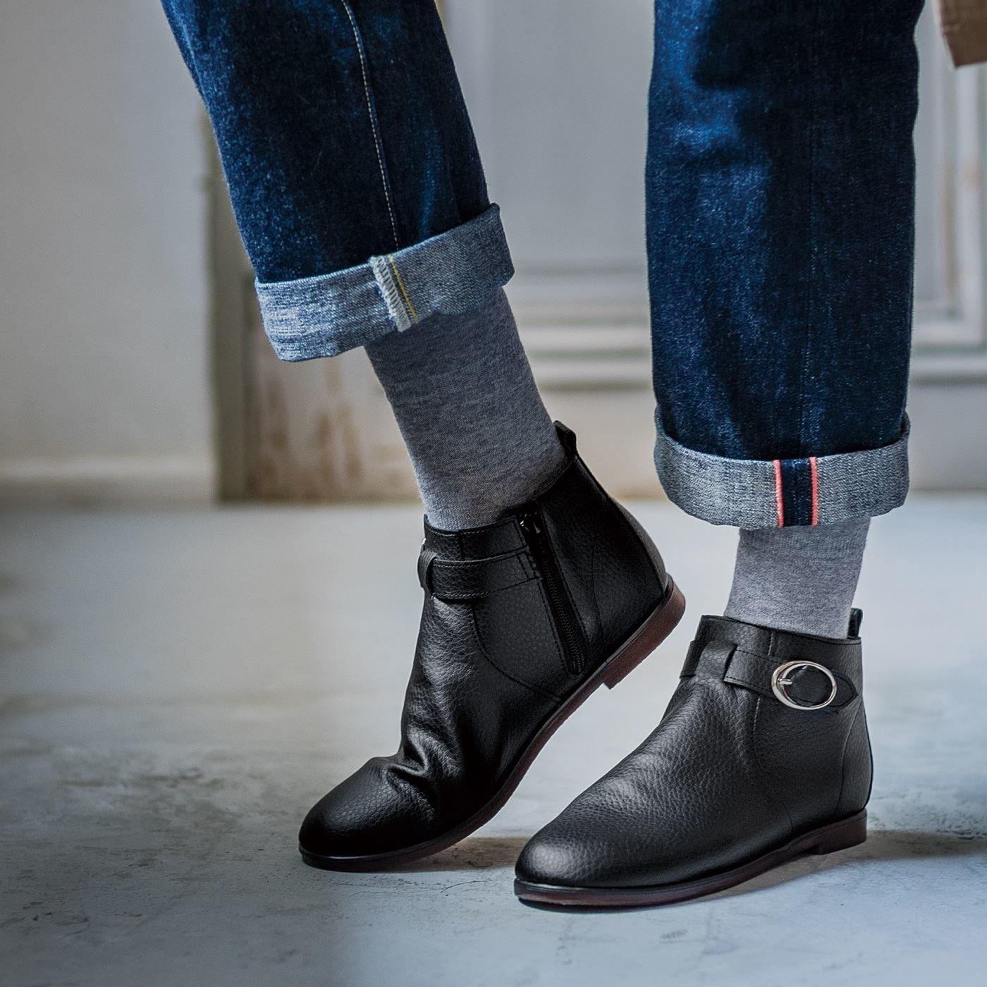 ずっと履きたいからこの形になった はっ水牛革のやわらか日本製ショート丈ブーツ〈ブラック〉