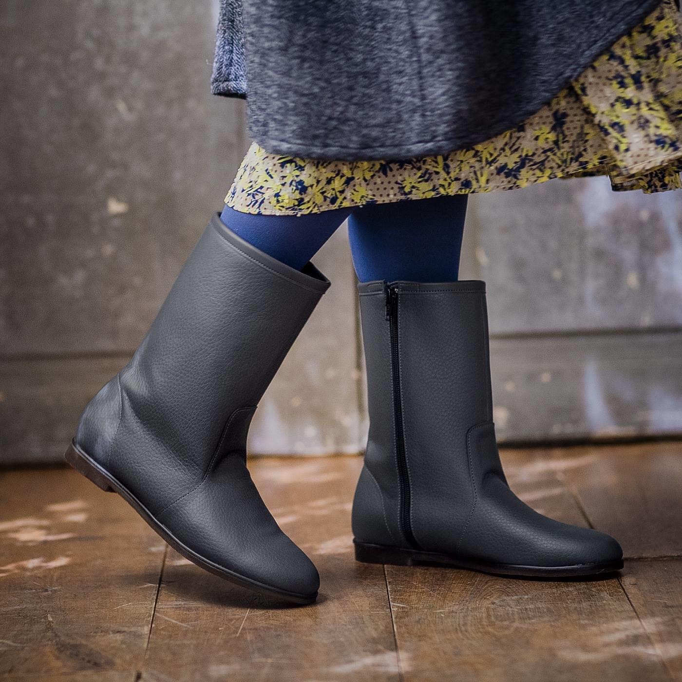 ずっと履きたいからこの形になった はっ水牛革のやわらか日本製ミドル丈ブーツ〈アッシュ〉