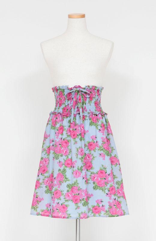 スカート仕様の時は肩ひもを取り外して使えます。