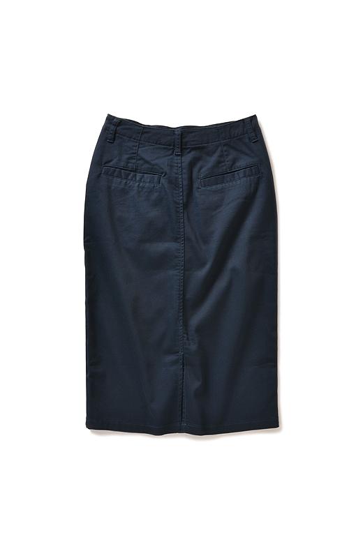 Back 大きめヒップポケットでおしりまわりもカムフラージュ。