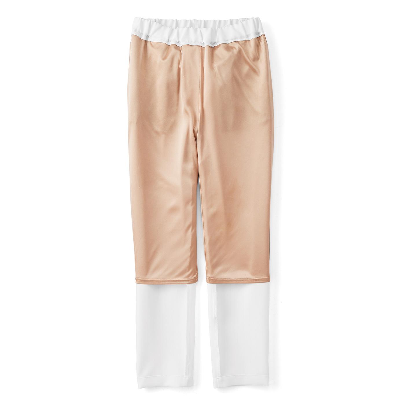 [透けない、ひびかない]ひざ下までのインナー付きだから、下着が透けずに一枚ばきOK。肌に張り付かず、さらりと快適なはき心地です。