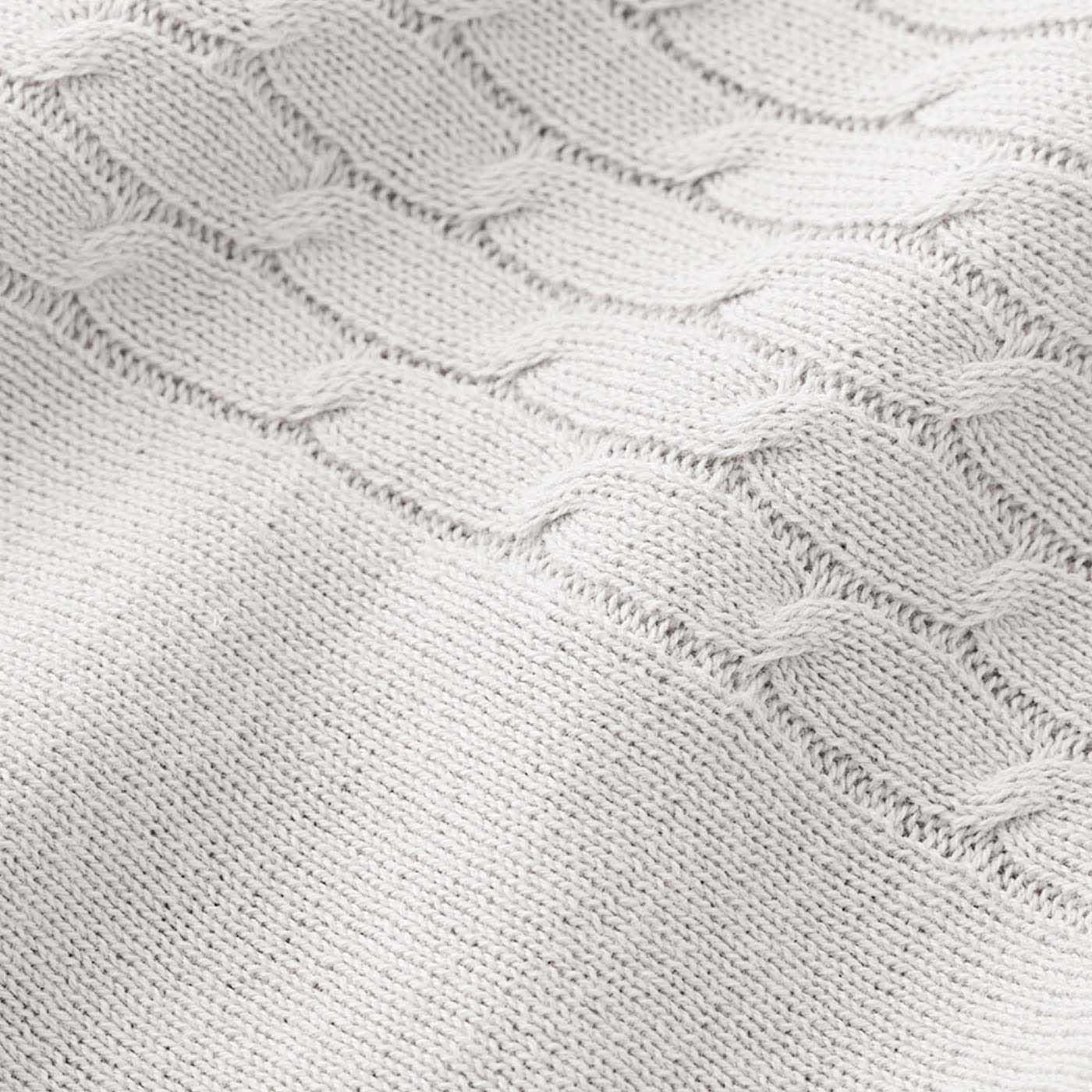 [さらっと春夏仕様の綿混ニット]肌当たりのよいソフトな素材。デコルテと袖は前も後ろも柄編み入り。