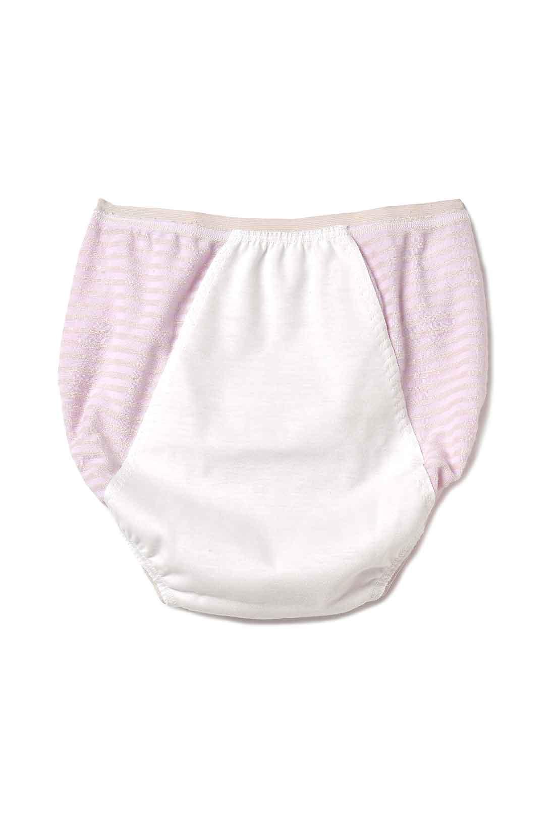 back 肌にやさしい綿素材の防水布でしっかりガード。