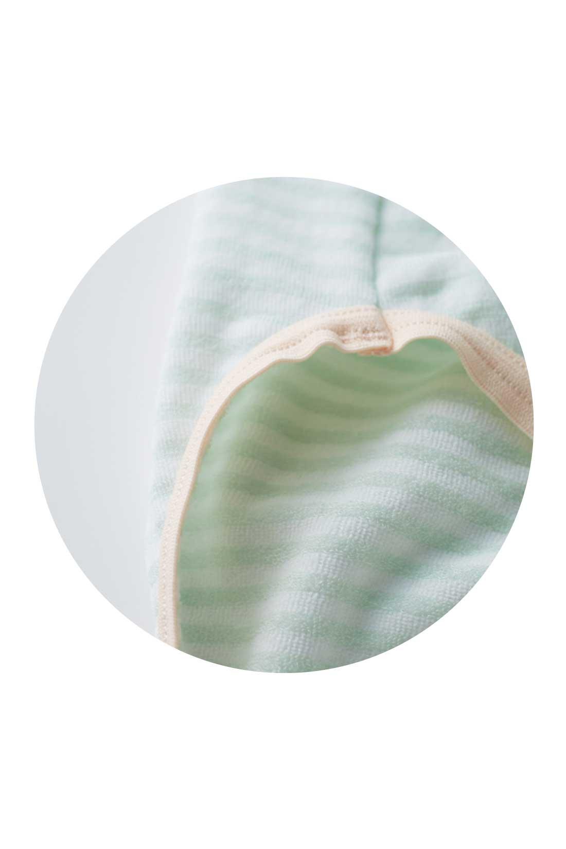 これは参考画像です。肌に当たる生地はパイルで、ふわふわなはき心地。