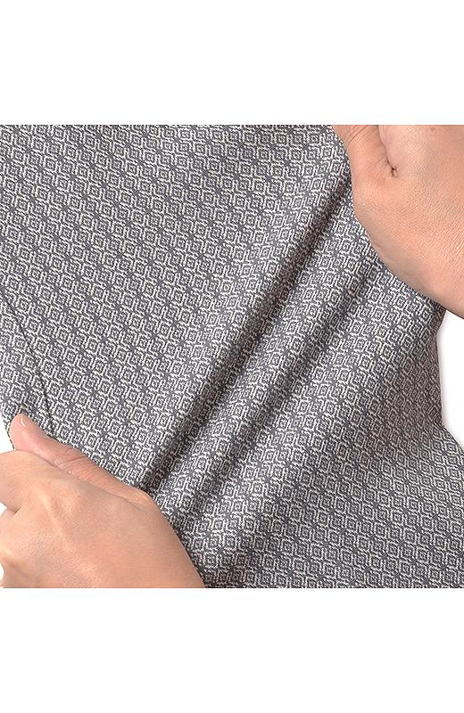 細身のラインながら、ほどよいストレッチ素材ではき心地らくちん。