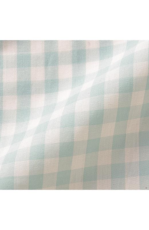 テンセル(R)とは肌当たりさわやかなユーカリ生まれの再生繊維。滑らかな風合いと吸湿性で快適な着心地が続きます。