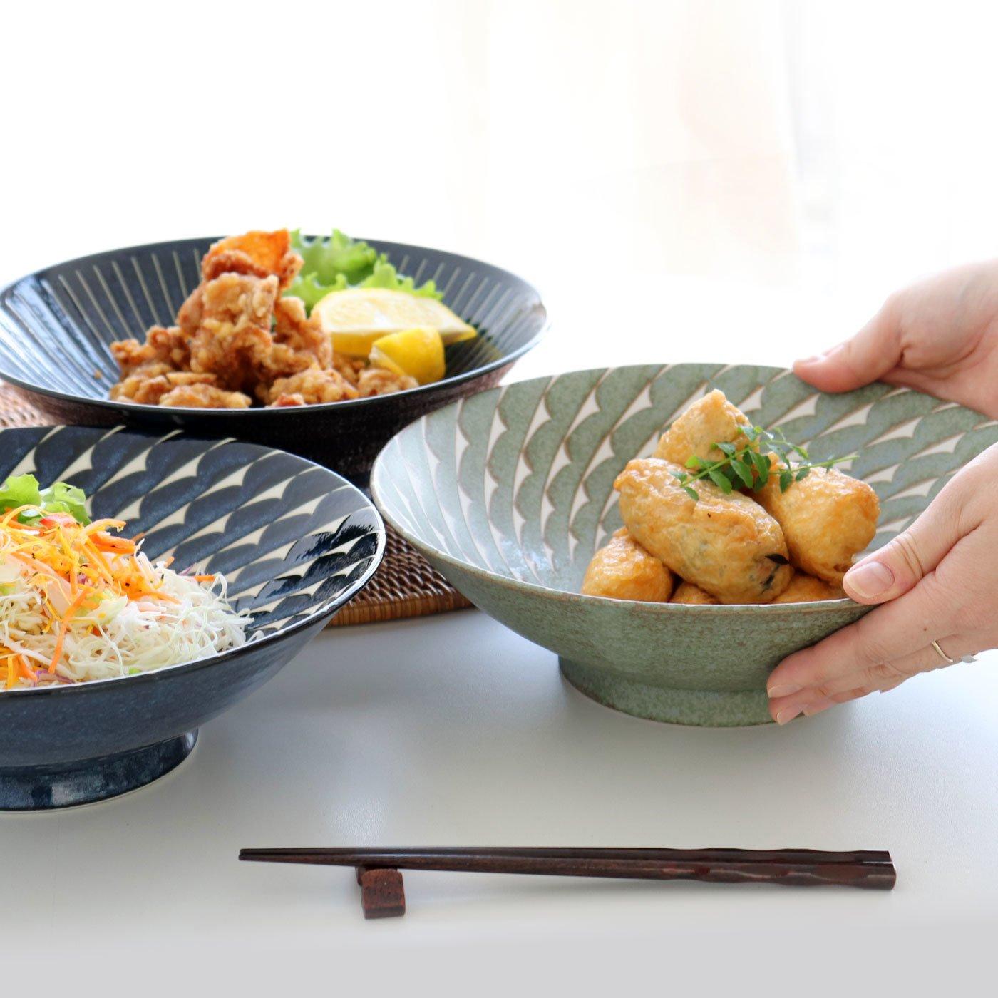 アンティークテイストの高台付き八寸麺鉢