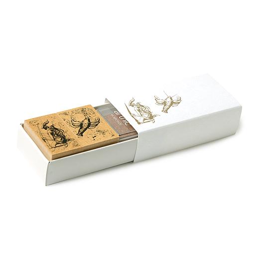 専用の箱に入っているので、プレゼントにも。