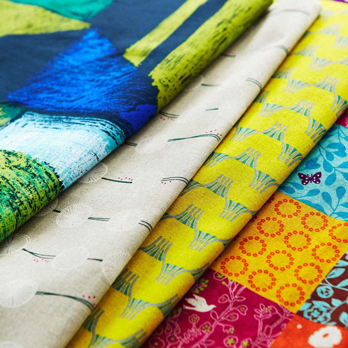 毎月個性的な柄の布が届きます。見ているだけでワクワク!