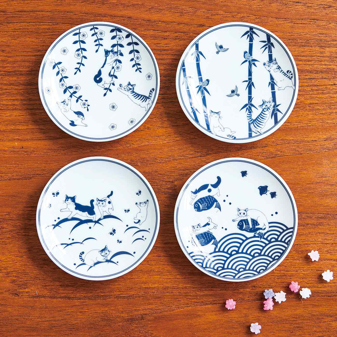 漫画家山野りんりんさんとつくった 自然の伝統柄と猫あるあるがコラボ 和柄豆皿の会