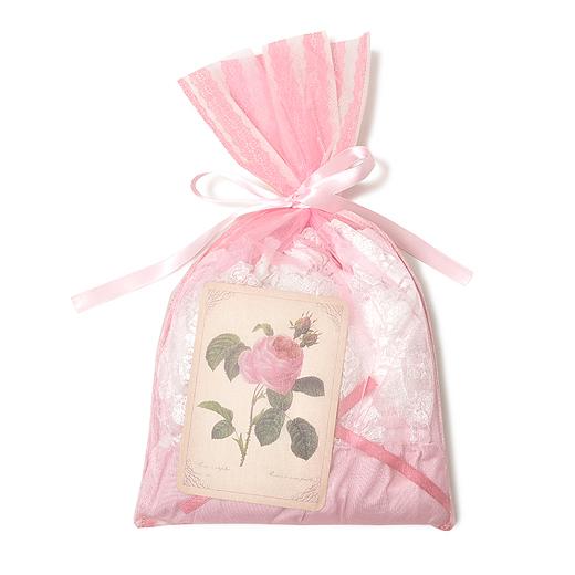 女性らしいオーガンジーを使った素敵なリボンバッグに入れてお届けします。