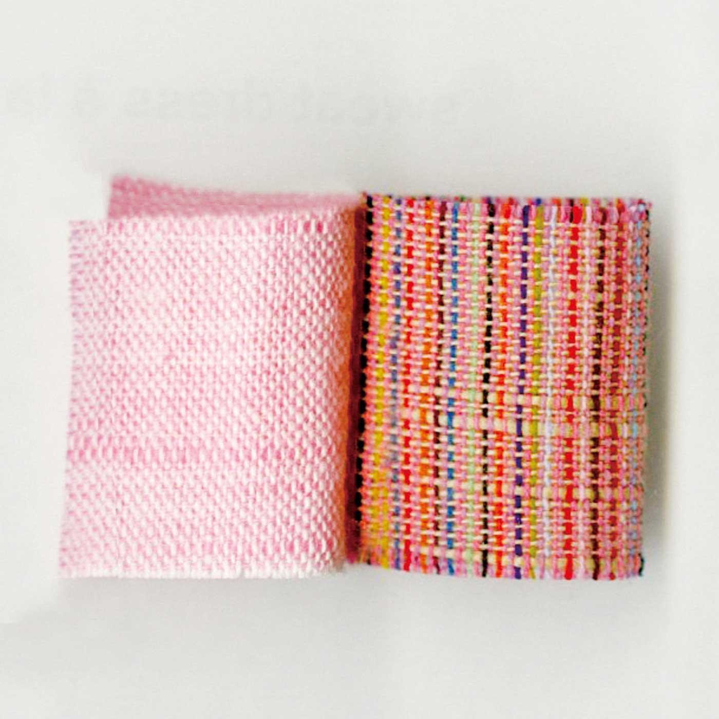 【会津木綿】 会津地方で400年以上も愛されてきた会津木綿。素朴な風合いの美しい縞柄が特徴です。