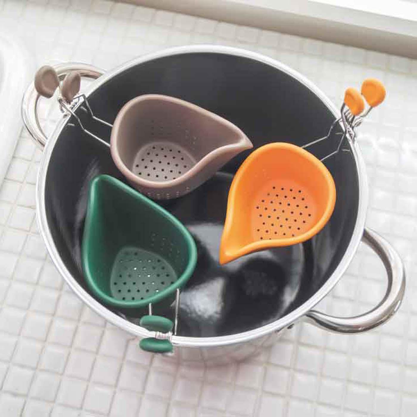 ご家庭で出番の多い直径24cmのなべで、3個同時に使えます。