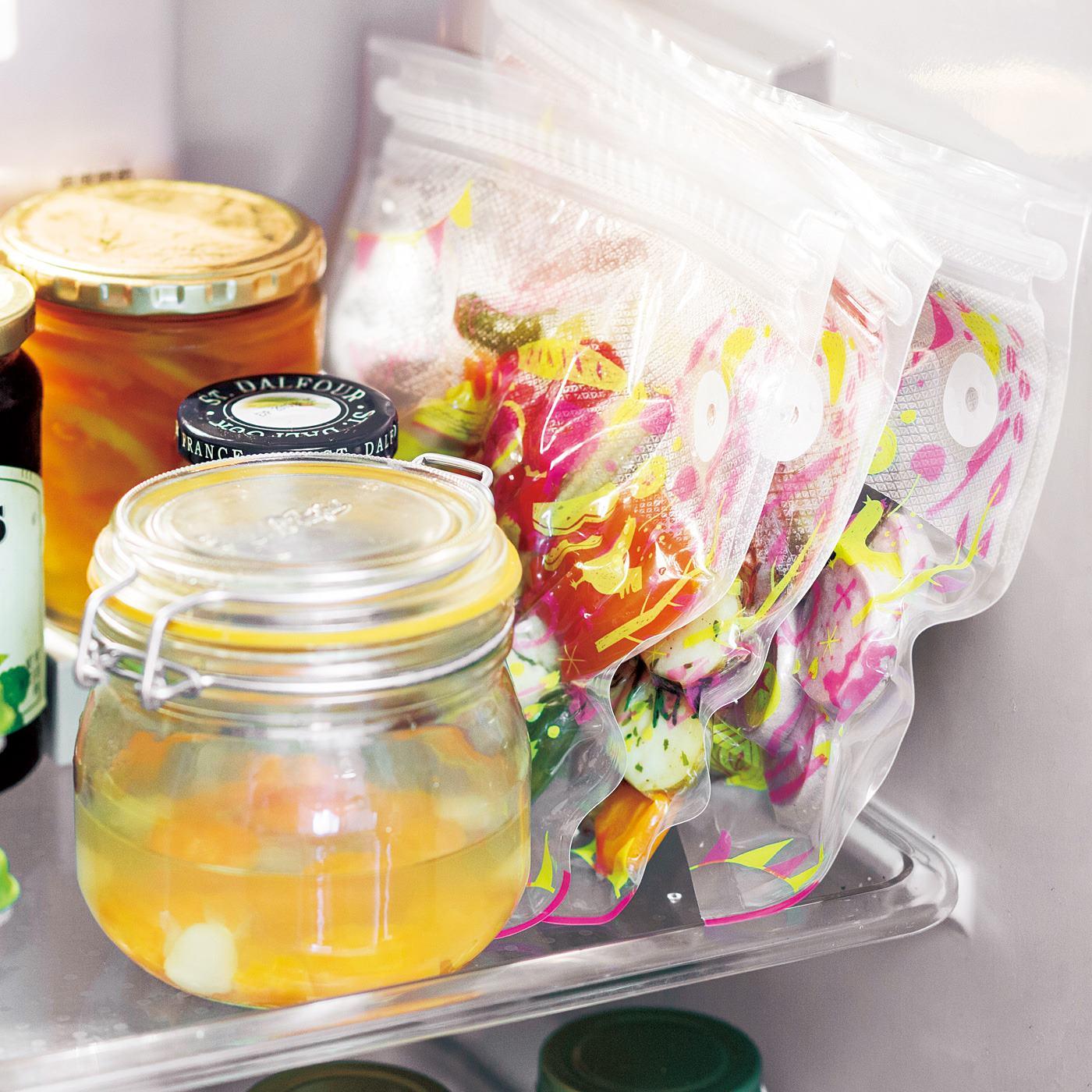 冷蔵・冷凍庫内の省スペース化にもお役立ち。