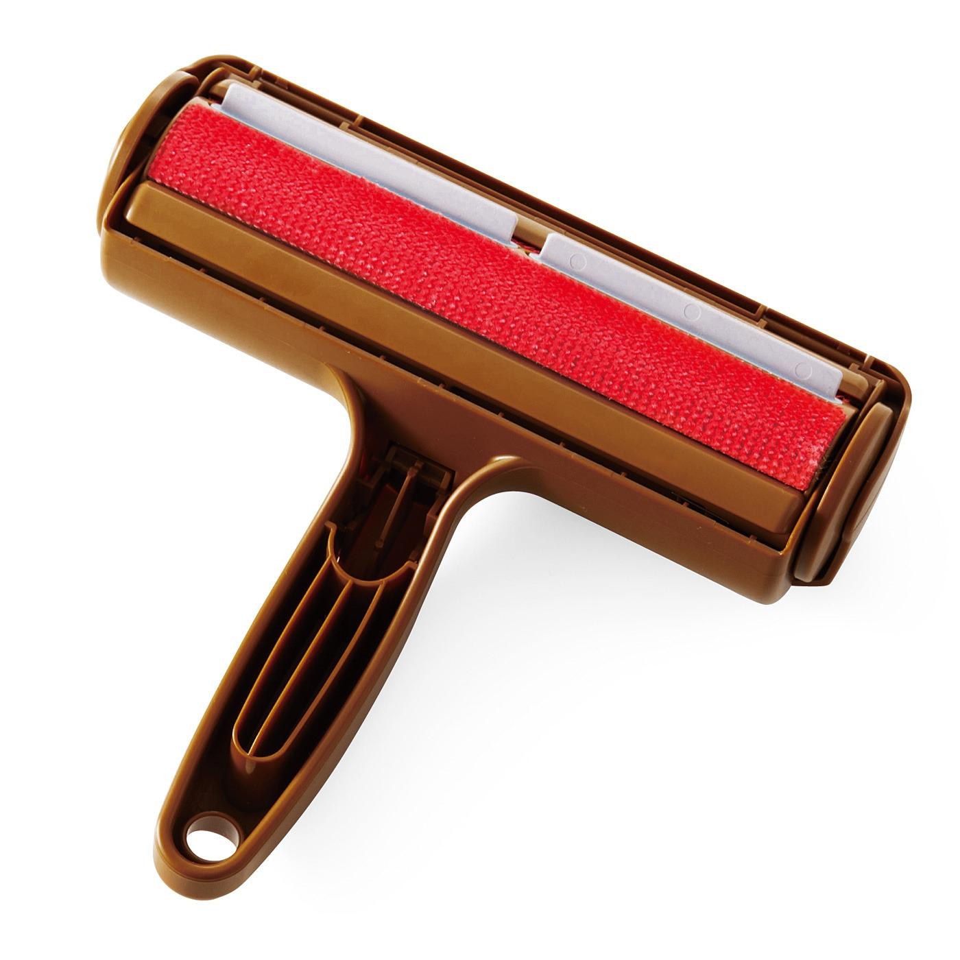 赤いエチケット(R)ブラシが回転します。