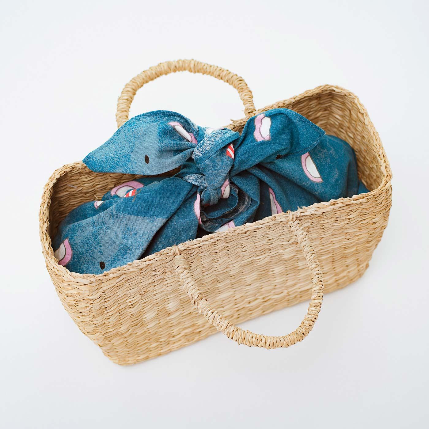 かごバッグの目隠しとしても使えます。 ※かごバッグはお届け内容に含まれません。
