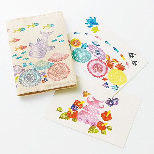 紙はもちろん、布にもアイロンで定着できるインクなので、アイデア次第で楽しさが広がります。