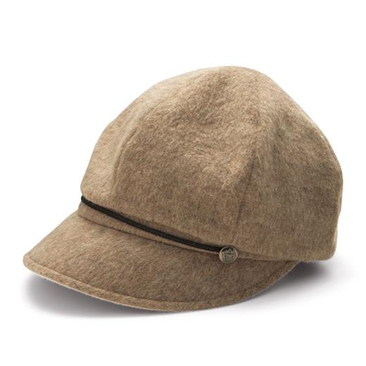 ウール混素材でふんわりとした起毛感があります。裏地と耳当てには静電気防止素材を使用。気になる髪の毛のパチパチを軽減します。