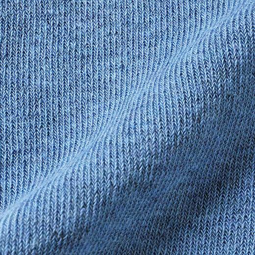 綿72%なので、化繊が苦手な方もやさしい肌心地。