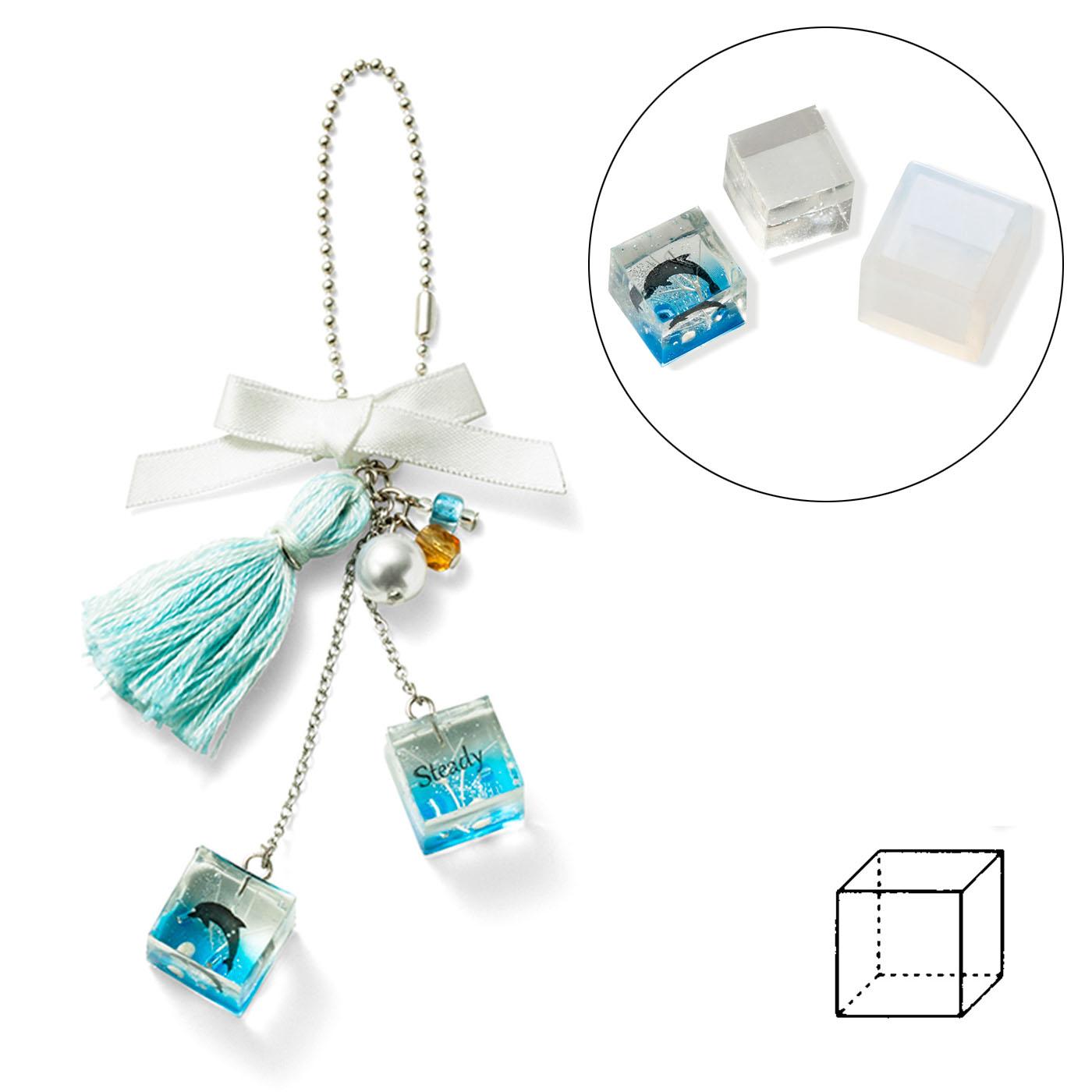 cube〈立方体〉