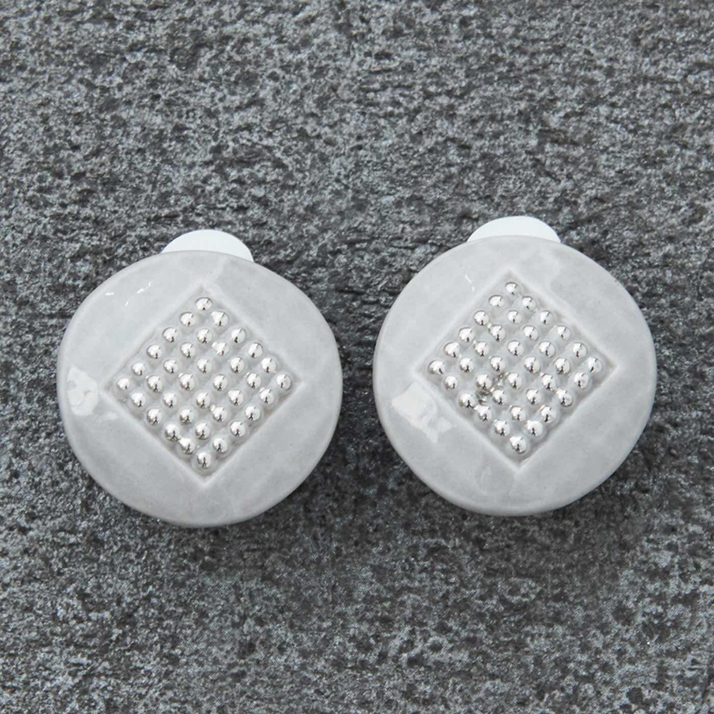 YPAC for MEDE19F フランス製陶器ボタンイヤリング type.01