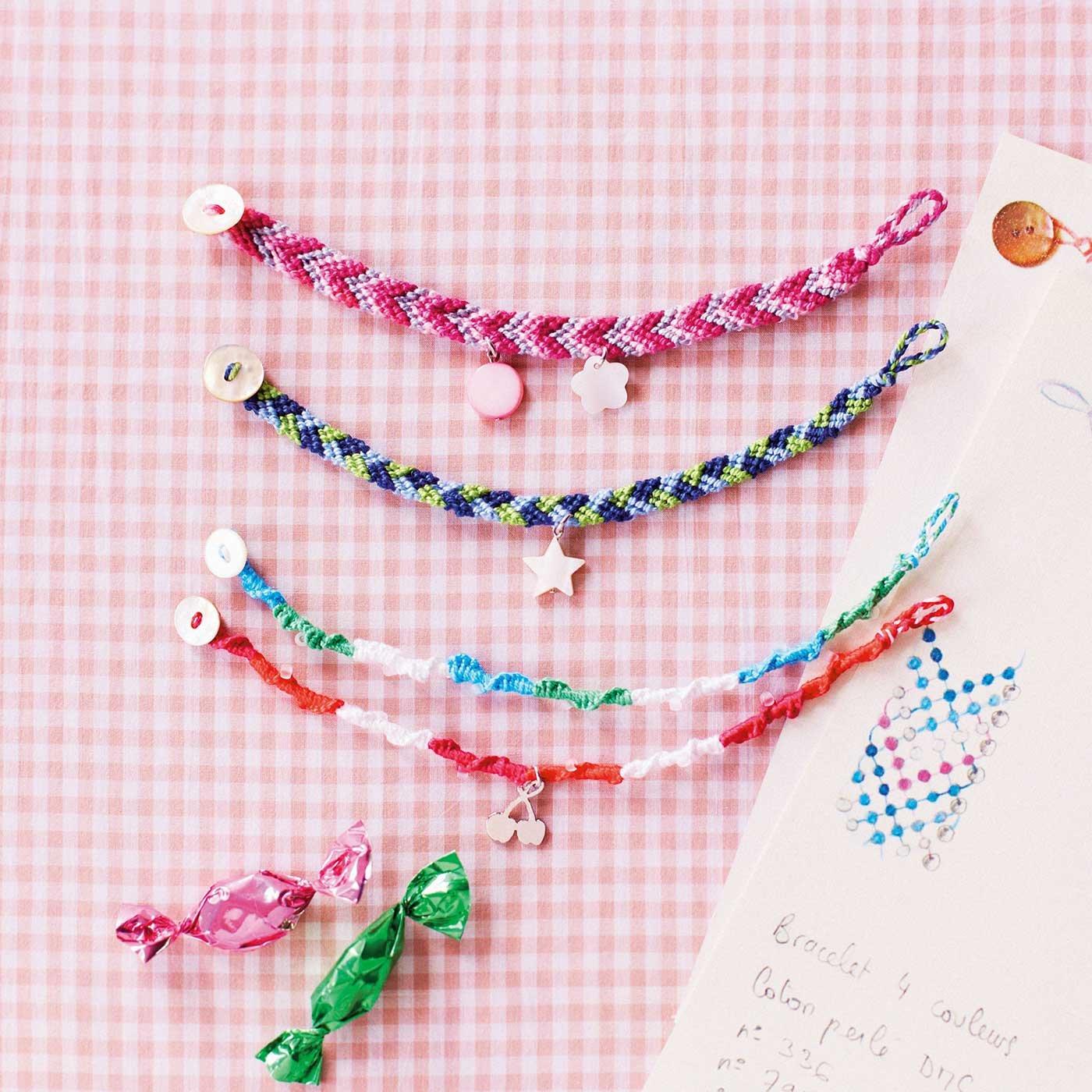ポルト・ボヌール フレンチな彩り編み込むミサンガブレスレット