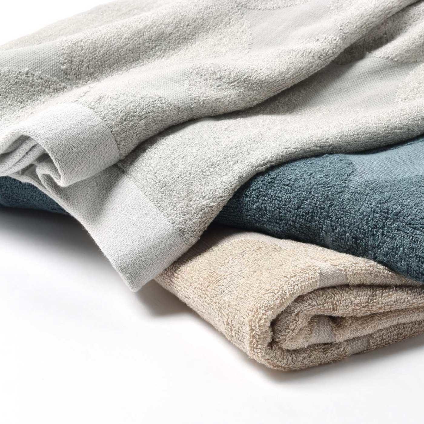 バンブー繊維で肌触りさわやかタオルケット