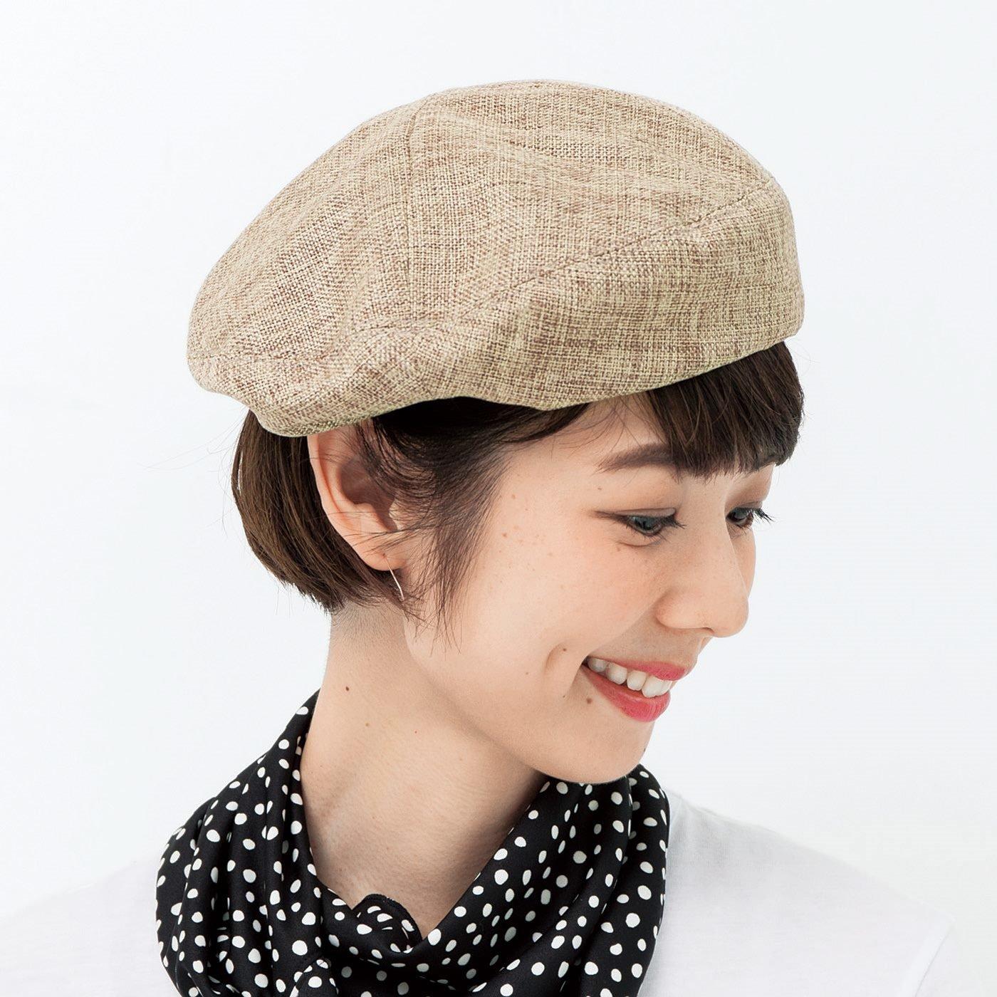 軽やかフィットでずれにくい 風通る涼やかベレー帽