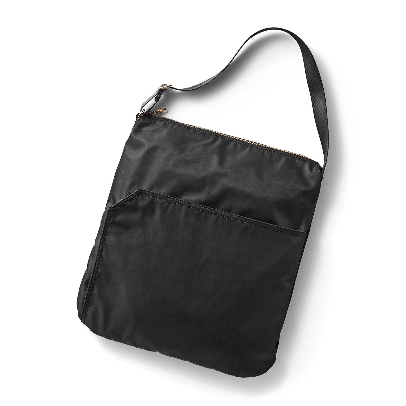 IEDIT[イディット] PCも入る収納上手な軽量スマート2-WAYバッグ〈ブラック〉