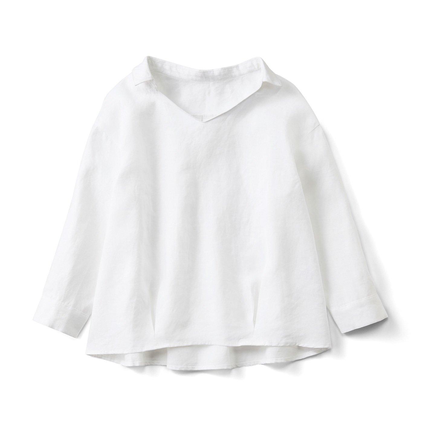 やわらかニュアンスがいい麻混素材のプルオーバーシャツ〈ホワイト〉