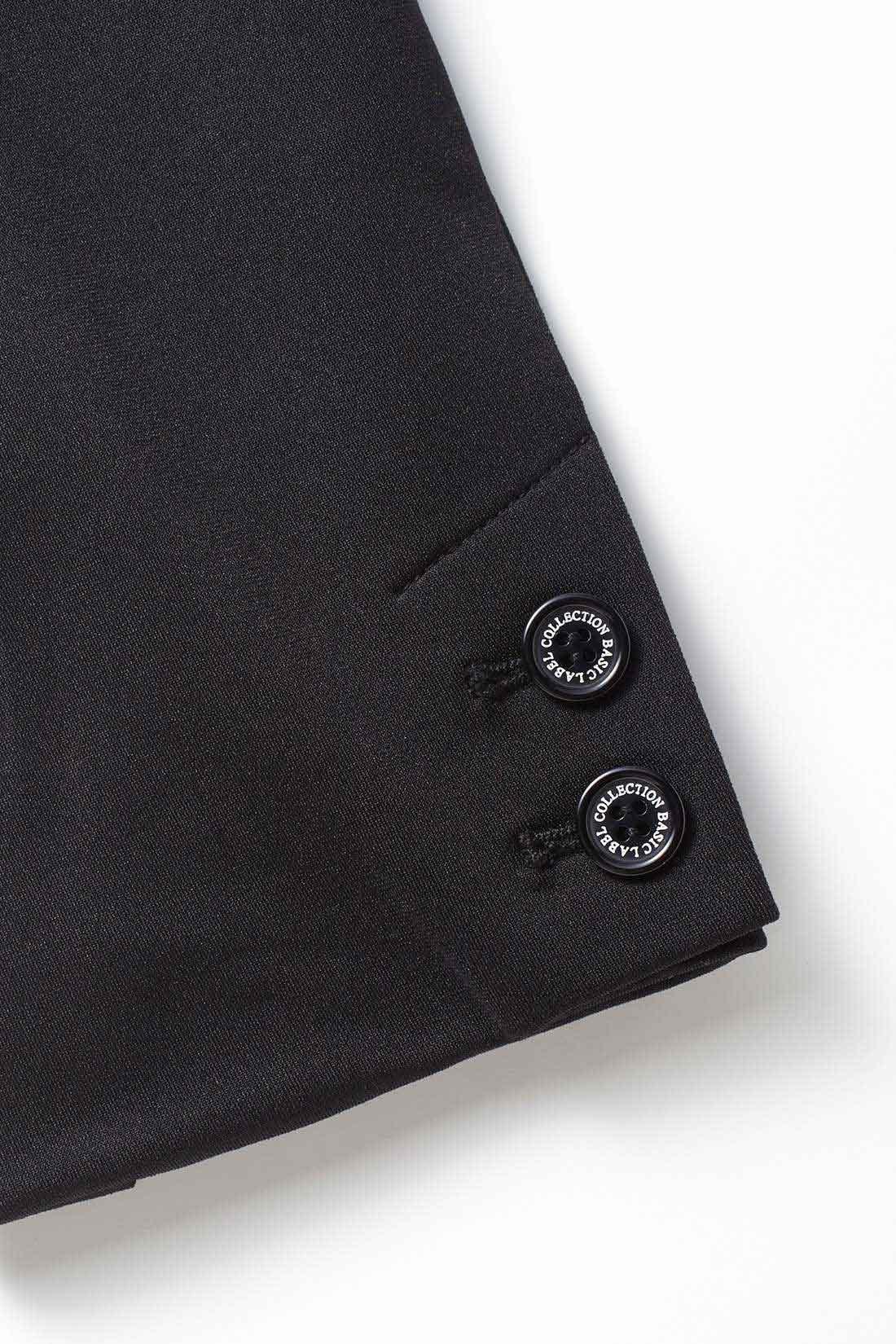 オリジナルボタン おしゃれ気分のあがる袖口のボタンは、レーベルコレクションのロゴ入り。