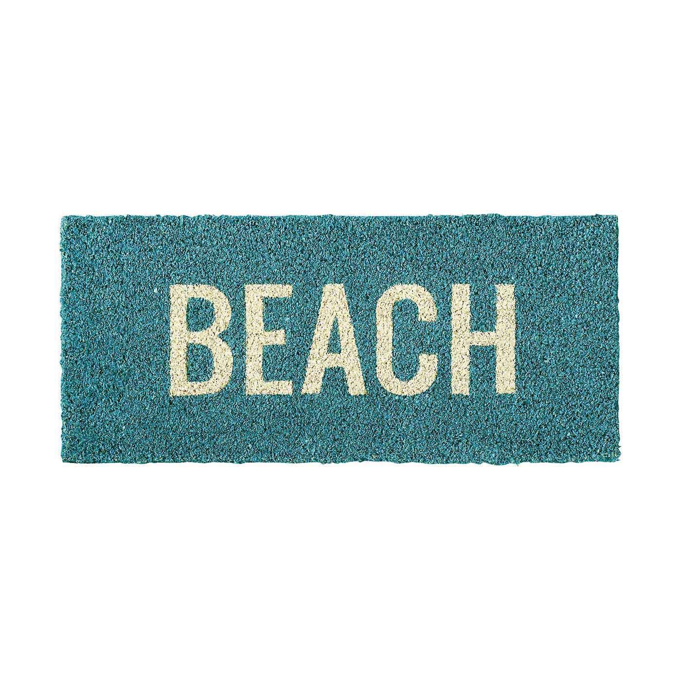 海のようなブルーカラーがさわやか。硬いココヤシ繊維は、砂や泥などの汚れを落としてくれます。