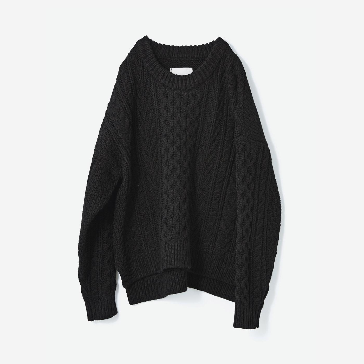 avecmoi ケーブルニットセーター〈ブラック〉