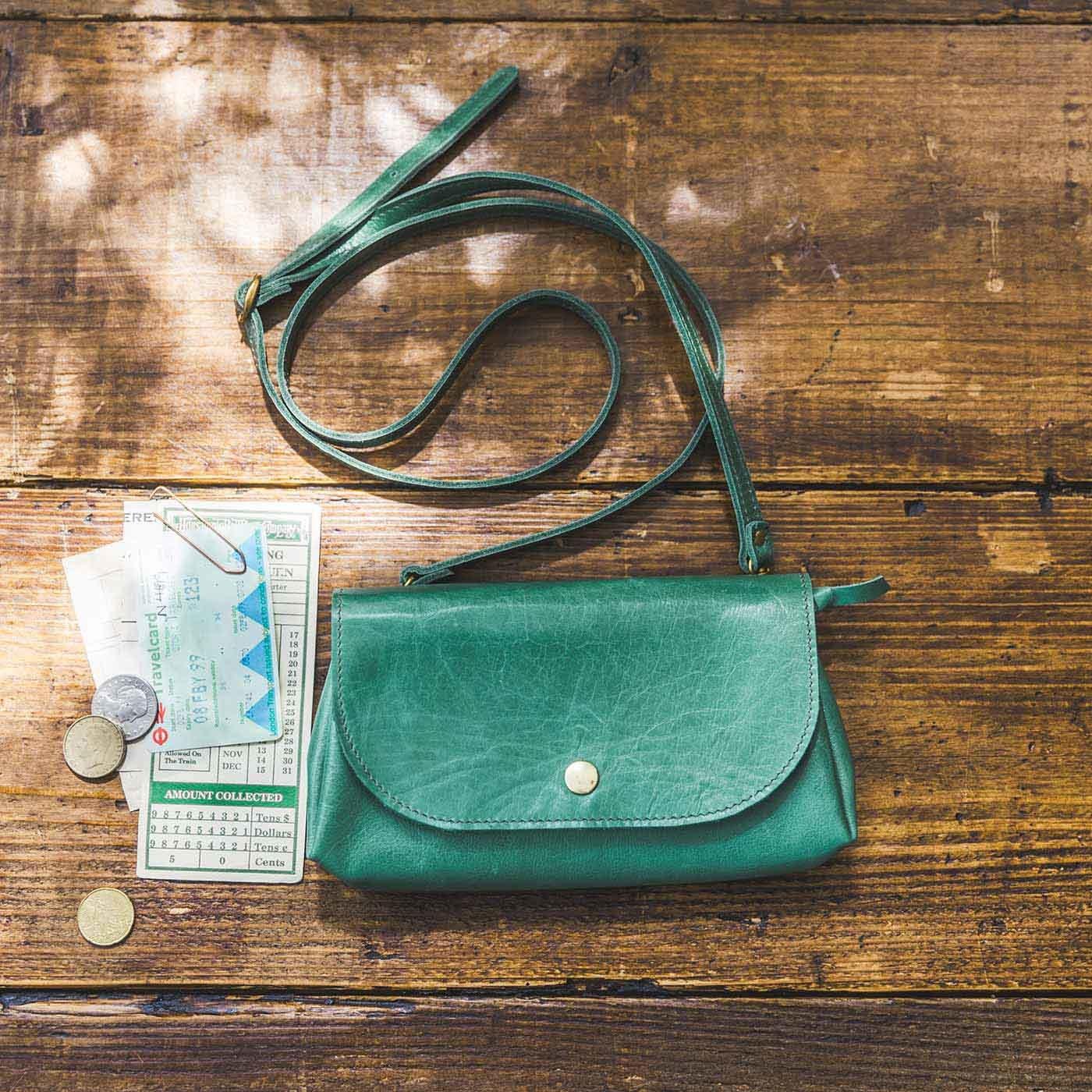 鞄(かばん)作家と作った 本革バルーンウォレットショルダー〈ターコイズブルー〉[本革 ポシェット:日本製]