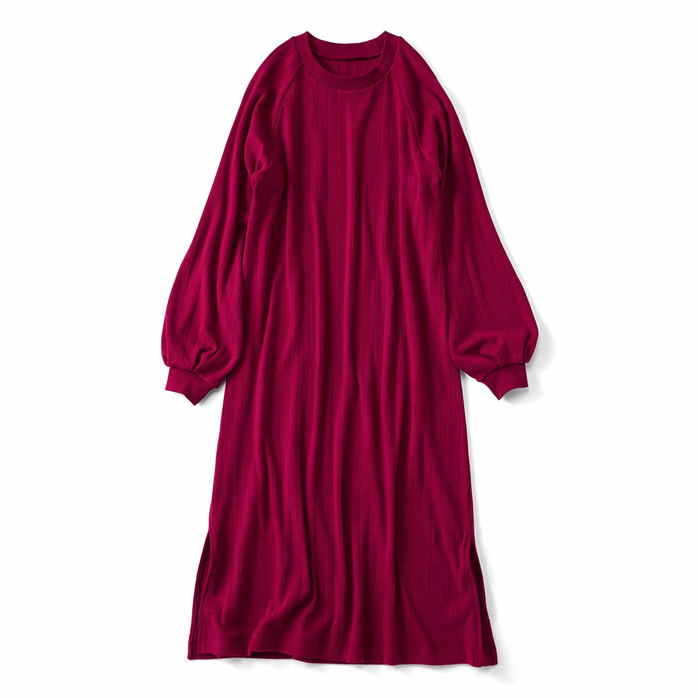 ボリューム袖がかわいい Aラインカットソーワンピース〈ワイン〉