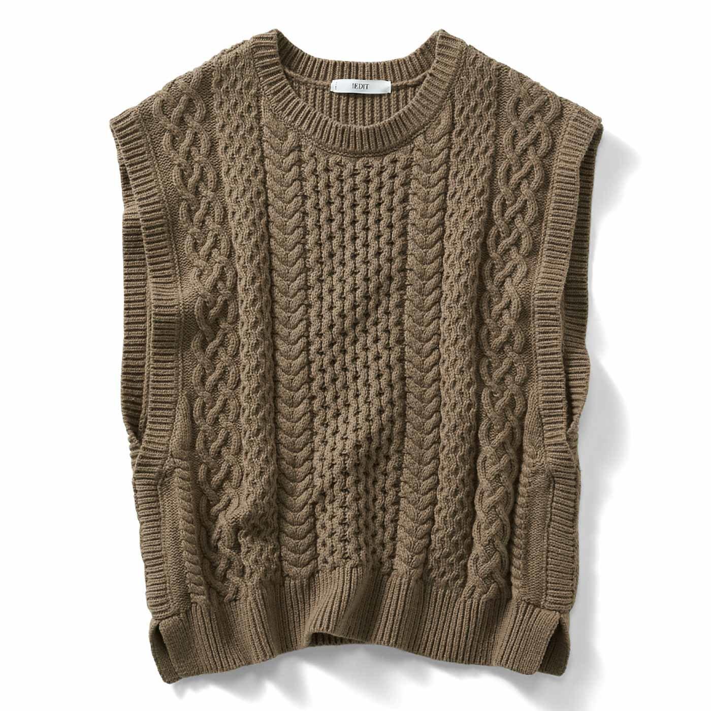 IEDIT[イディット] 小森美穂子さんとコラボ オンするだけで旬顔 こだわり素材の編み柄ニットベスト〈カーキブラウン〉