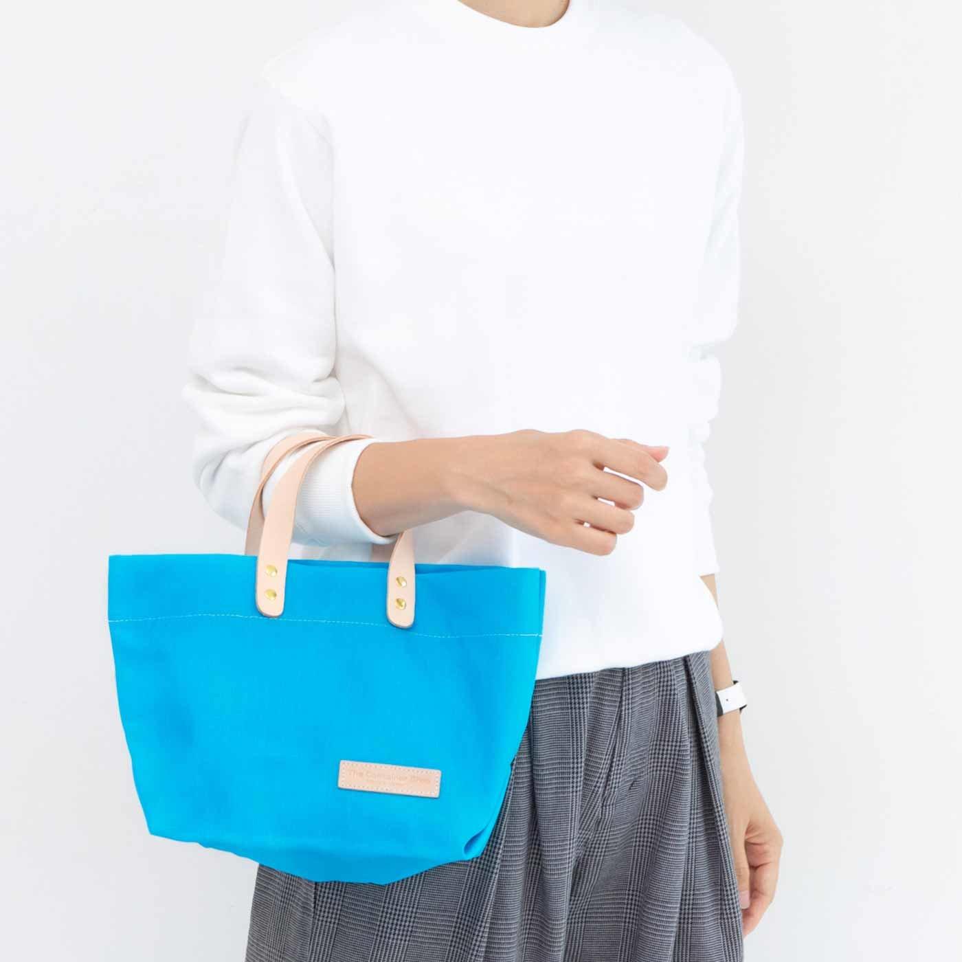 UP.de デイリーサイズがうれしい 日本製のカラー帆布 ショルダートートバッグ〈ネオンブルー〉