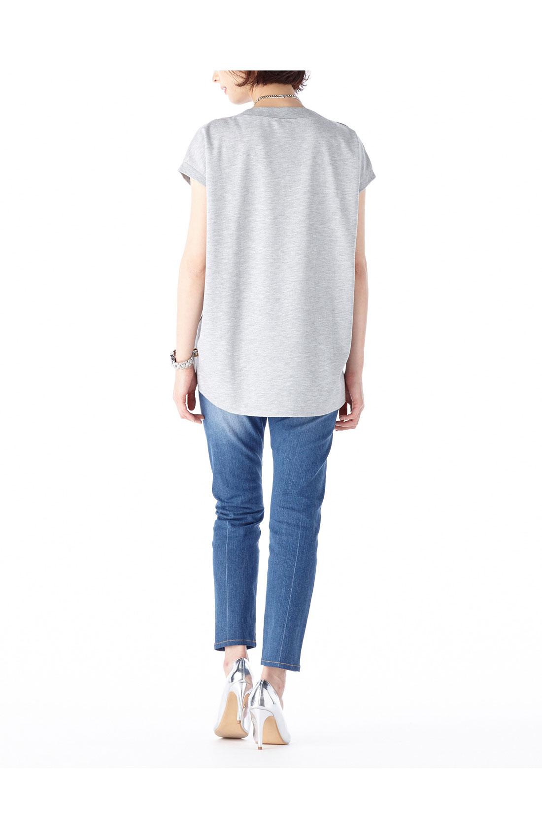 身長:165㎝ 着用サイズ:M ※着用イメージです。お届けするカラーとは異なります。