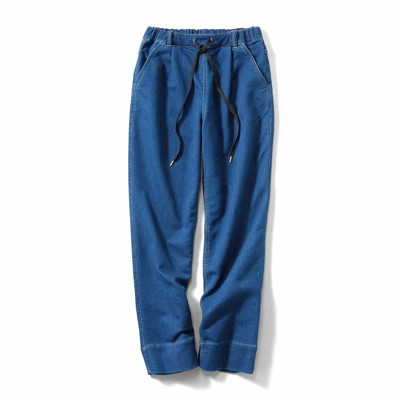 IEDIT[イディット] やわらかく伸びやかな 裏毛デニムタックパンツ〈ブルー〉