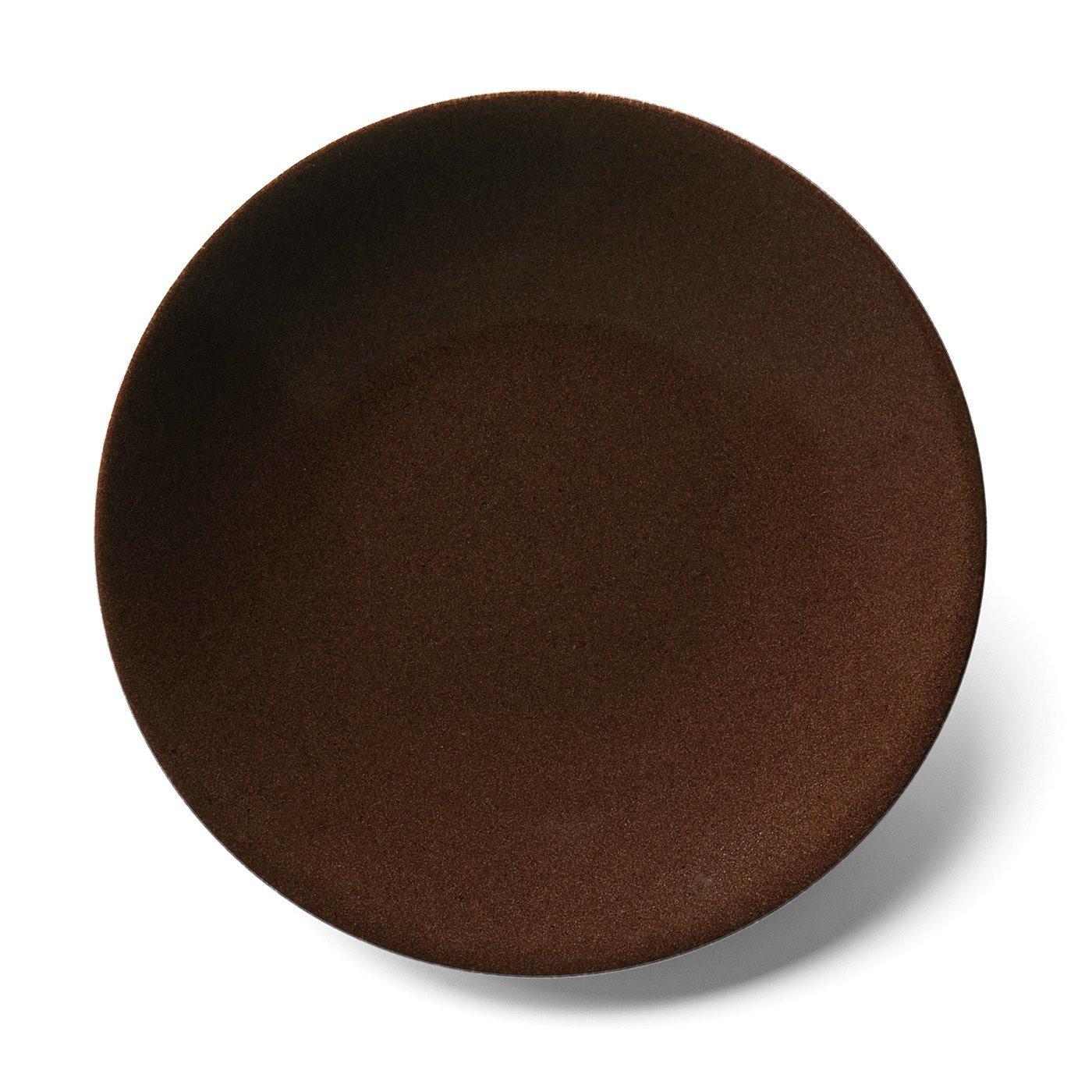 味わい深いブラウンのボーイッシュ大皿の会