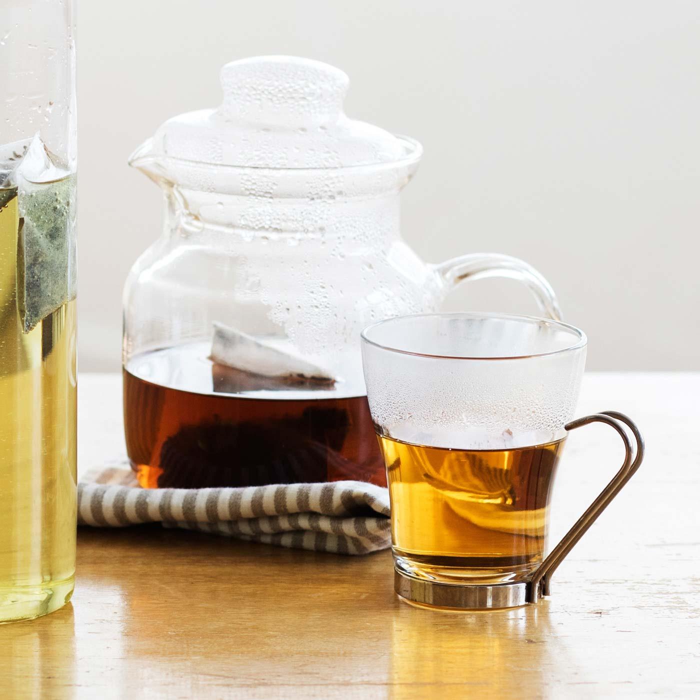 おいしい飲み方 お湯1リットルに1、2パック入れるだけ。水出しは水1リットルに2、3パック入れて4~5時間ほどで。夜のうちに入れておけば朝から楽しめて便利です。