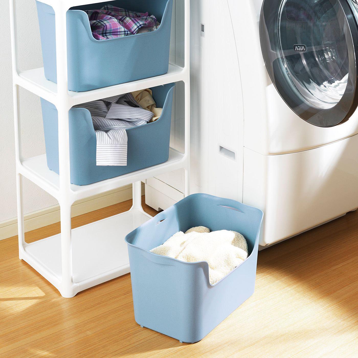 洗濯物の仕分けや、バスタオルやせっけん、入浴剤などの収納に。