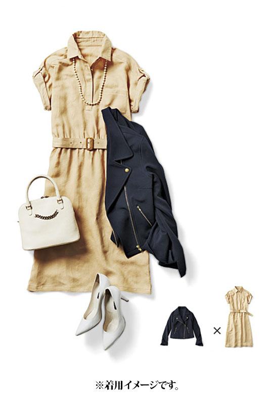 これは参考画像です。シャツワンピ+ヒールの女らしいスタイルをくずすようにライダースを肩掛け。絶妙な抜け感でおしゃれ度が上がります。