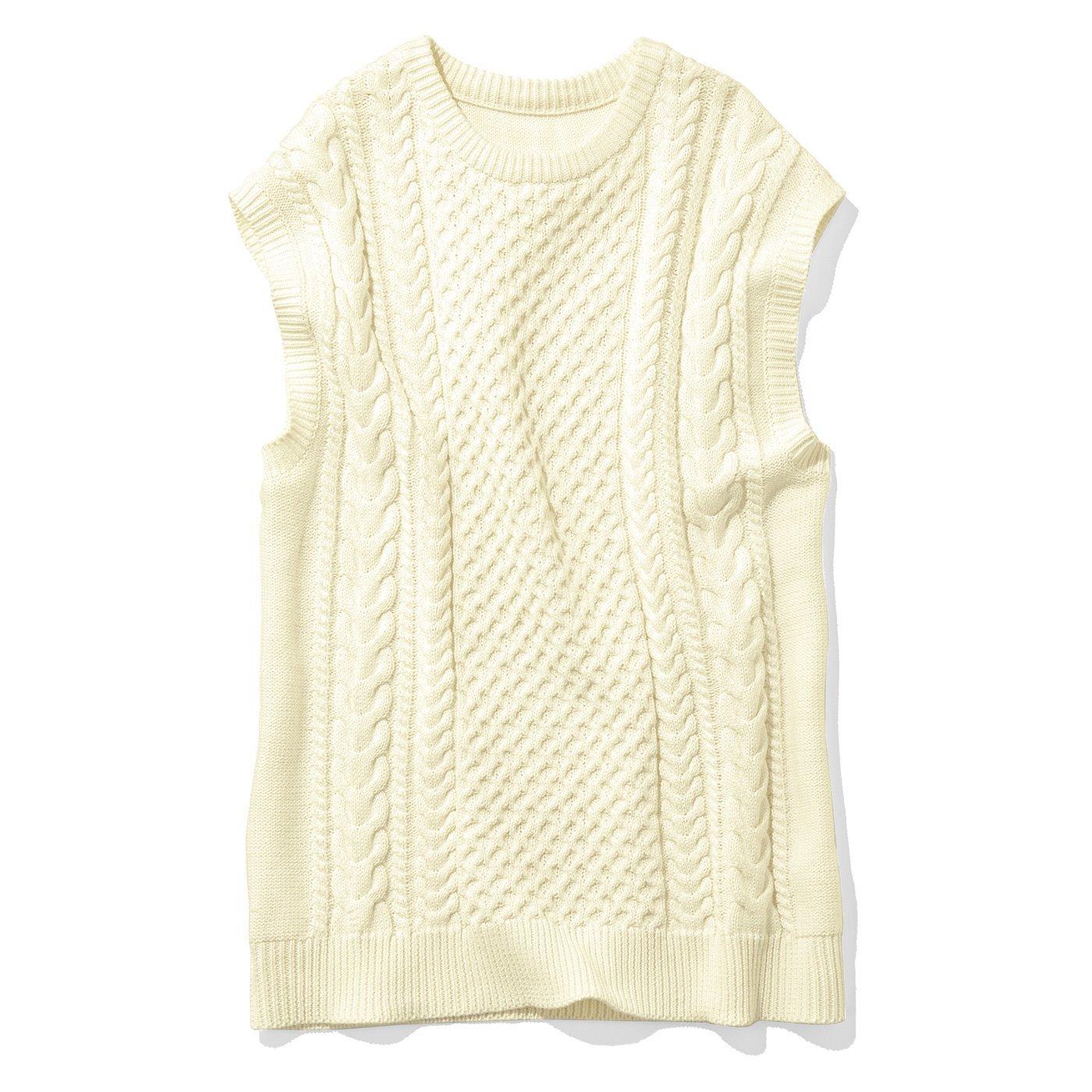 リブ イン コンフォート 栞里ちゃんとつくった レイヤードスタイルを楽しんで 温度調節にも便利な綿ニットベスト〈アイボリー〉