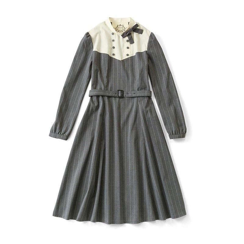 空想女学生の制服コスチューム 「お嬢さまが通う女学院」