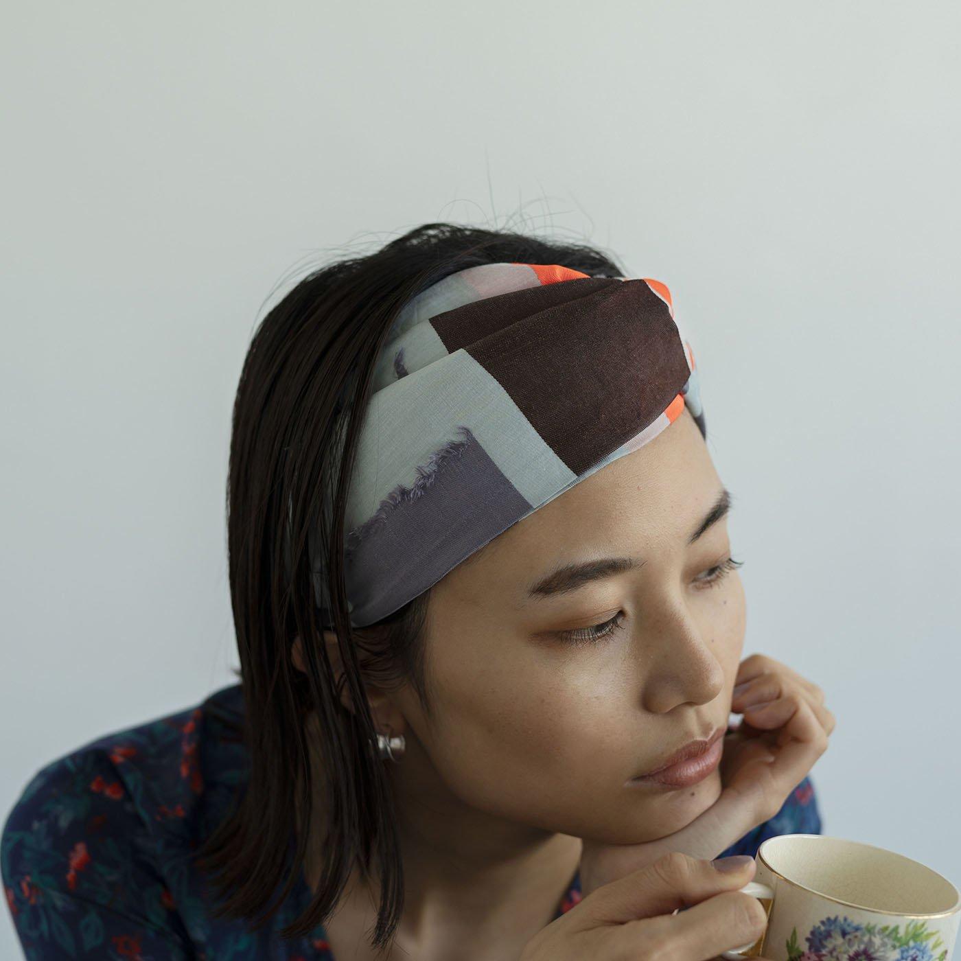 テキスタイルデザイナーと作った 播州ジャカード織のヘアターバン〈ライトグレー×オレンジ〉[ヘアバンド:日本製]
