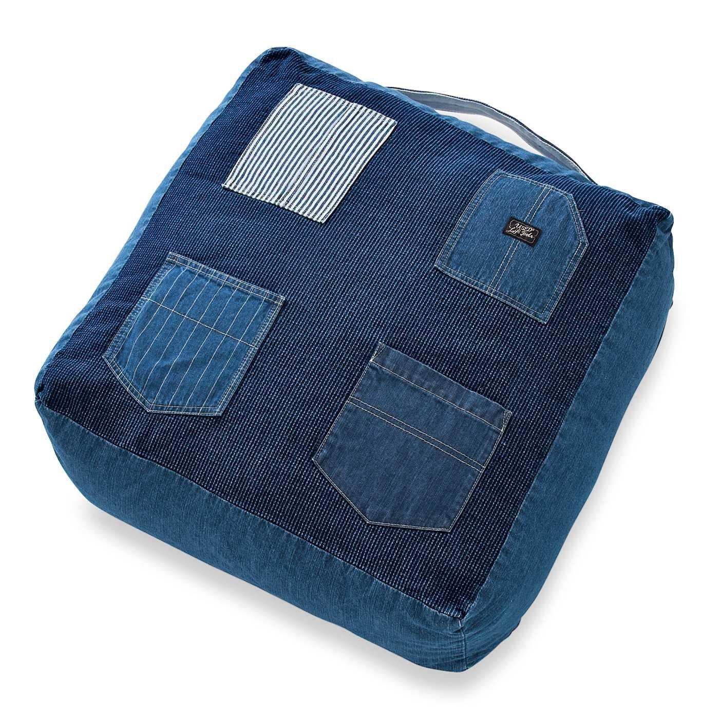 古着屋さんで見つけたようなヴィンテージ感あふれる布団収納デニムザブトン〈ユーズドインディゴブルー〉
